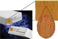Klein, aber ausgesprochen wirksam: Den neuen künstlichen Fingerabdruck gegen Produktpiraterie haben Forscher der Universität Bayreuth entwickelt.